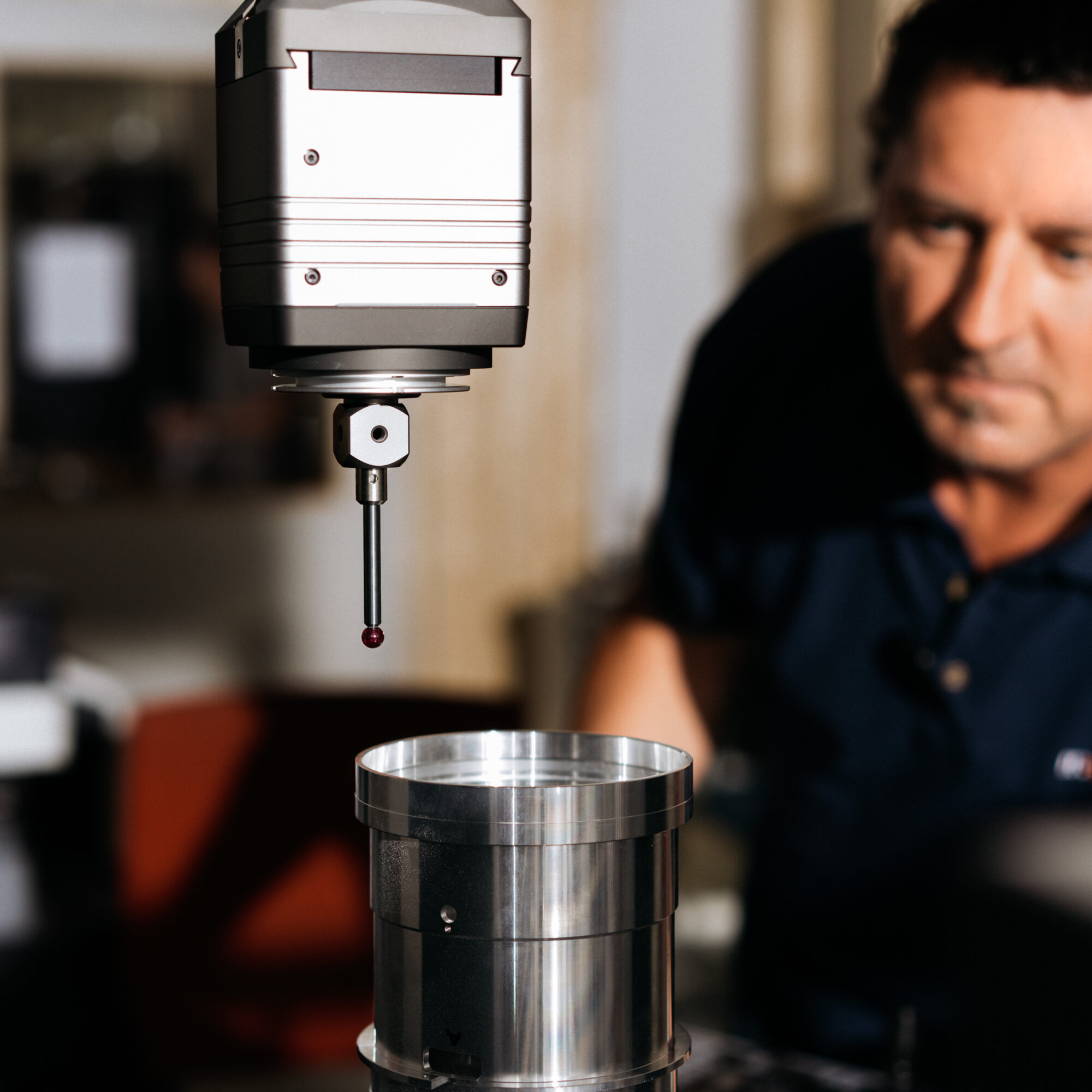 Zeiss' latest 3D metrology equipment in use to scrutinize measurements of a lens tubus
